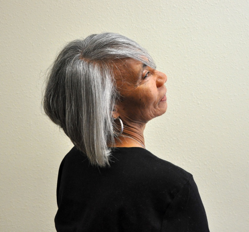 Hairstyles For Women Over 40 With Pictures And Styling Info