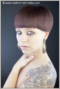 Beautiful and edgy looking bowl cut bob.