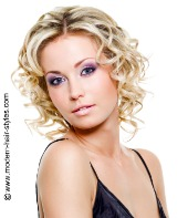 short curly hair cuts for thin fine hair