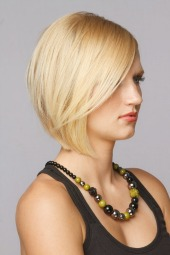 short layered bob baircut bangs